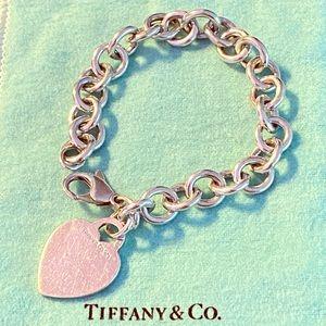 Tiffany & Co - Heart Tag Charm Bracelet